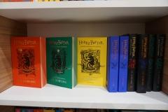 Dostupne su i knjige na engleskom!